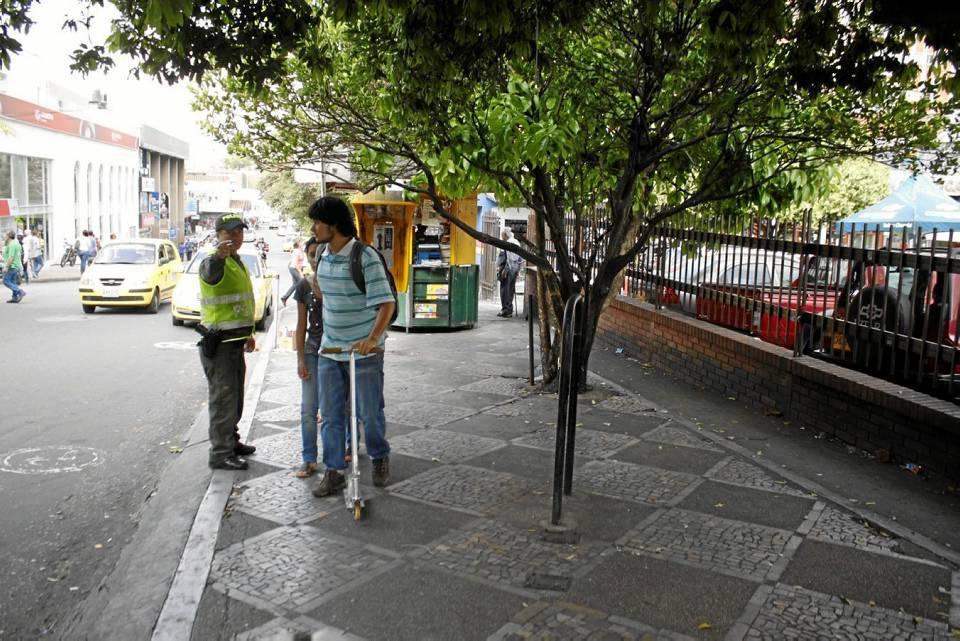 La comunidad pide que se respete más la presencia de las autoridades.
