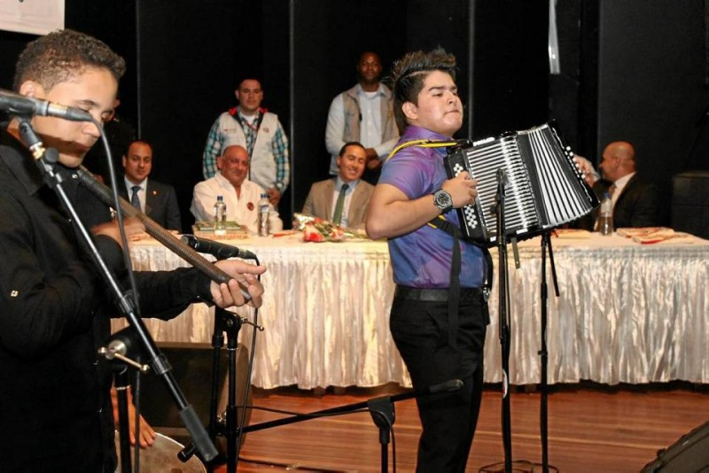 El acordeonero bumangués se robó los aplausos de los asistentes.