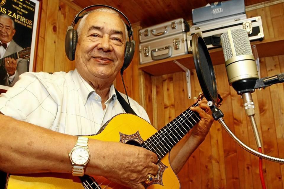 El estudio de grabación es uno de los lugares sagrados de su casa.