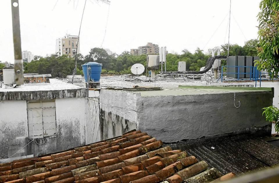 Esta es la antena que tiene en 'jaque' a los residentes de Terrazas.