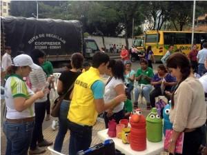 A la feria asistieron residentes del sector y del resto de Bucaramanga.