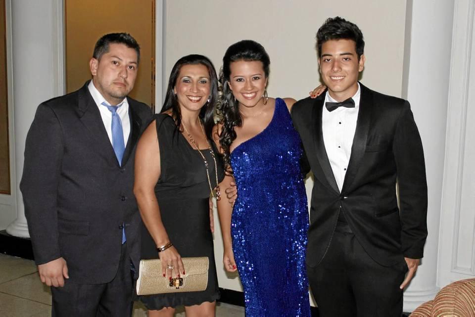 Ricardo Pico, Maribel Méndez, Natalia Rodríguez y Julián Patiño.