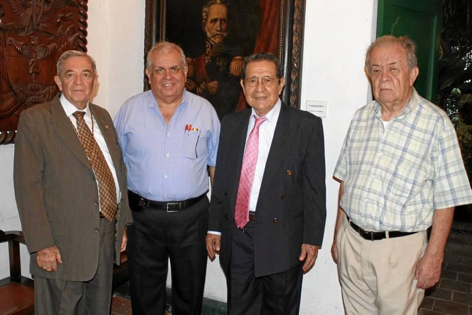 Edmundo Gavassa, Eduardo Hassen, Gonzalo Afanador y Mario Olarte Peralta.