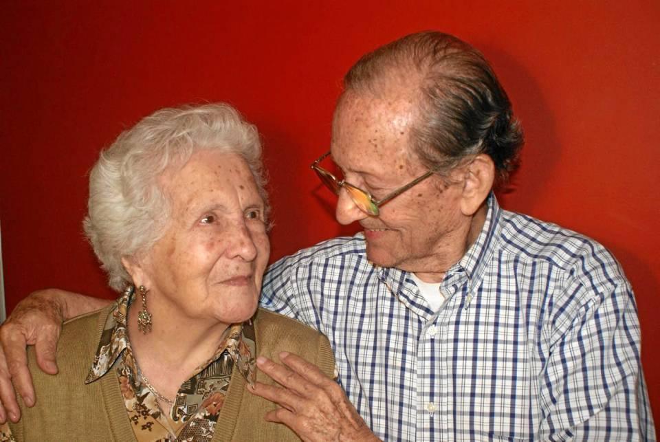 Emma de 96 años y Cristóbal de 91 cumplieron este año 65 años de matrimonio.