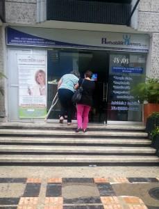 La  envió esta foto de otra paciente que tuvo dificultades para entrar al centro de terapias. - Suministrada /GENTE DE CABECERA