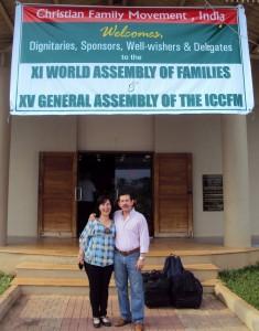 Martha Consuelo y Luis Carlos, en la Asamblea Mundial de los MFC de 2010 de India. - Suministrada /GENTE DE CABECERA
