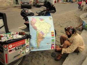 Con este mapa salió de Bucaramanga y con este regresó. Fue su mano derecha siempre