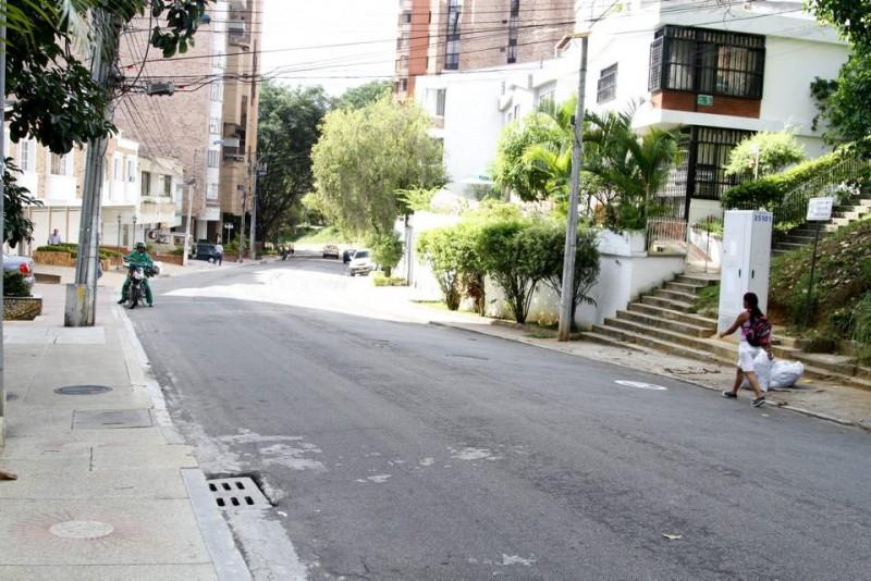 En estas escaleras de la carrera 39 con calle 42 ocurrió el asalto en el que quedó herida María Consuelo Sandoval, quien luego falleció