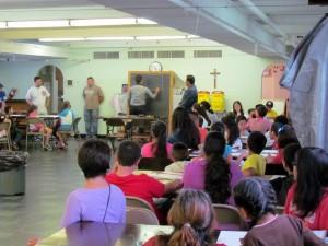 La pareja de santandereanos dicta clases de pintura y dibujo. - Suministrada /GENTE DE CABECERA