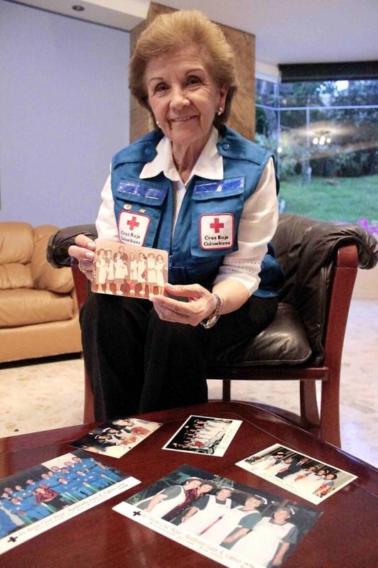 Rosmira Vera de Campos cumplió 40 años de servicio en la Cruz Roja seccional Santander
