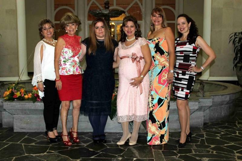 Luisa Fernanda Rueda, Martha Sofía Castellanos, Liliana Mantilla Serrano, Mariana Parra Mantilla, Nidia Aristizábal y María Ángela Rodríguez.  - Nelson Díaz /GENTE DE CABECERA