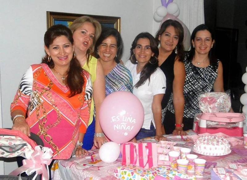 Liliana Mantilla Serrano, Patricia Manrique, Mónica Patino, Silvia Rueda, Claudia Peña y Martha Lucía Africano. - Suministrada / GENTE DE CABECERA
