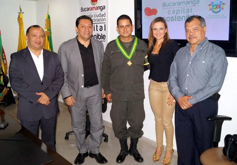 René Rodrigo Garzón, Luis Francisco Bohórquez, Mayor Juan Carlos Pinto, Alexandra Parra de Pinto y Rafael Horacio Núñez. - Suministrada / GENTE DE CABECERA