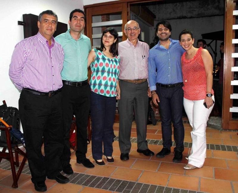Gilberto José Gómez, Diego Ochoa, Catalina Durán, Carlos Alberto Gómez, Juan Felipe Vega y María Paula Mantilla. - Mauricio Betancourt /GENTE DE CABECERA