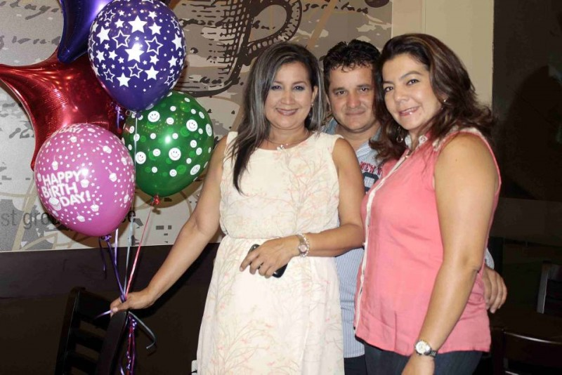 Maritzabel Castro, David Carreño y Ana Contreras. - Mauricio Betancourt / GENTE DE CABECERA
