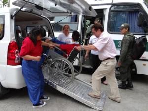Una camioneta con rampa de acceso, permitirá el traslado de los niños y jóvenes en su silla de ruedas hasta las instituciones de salud. - Suministrada / GENTE DE CABECERA
