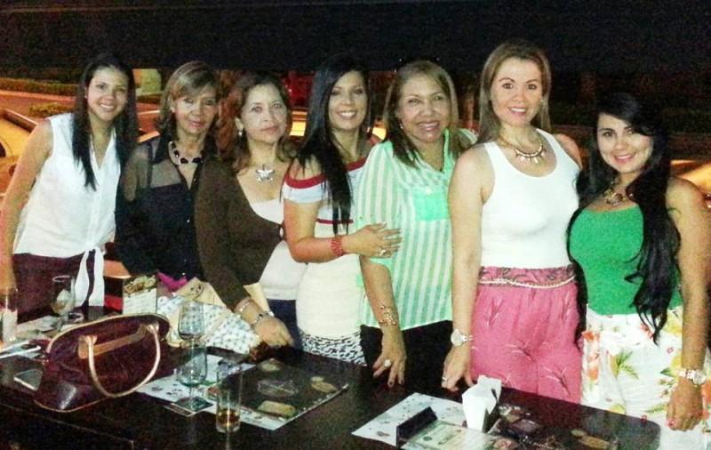 Carolina Uribe, Natalia Zúñiga, Aida Luz Villa Cañas, Elga Johanna Patiño, Elizabeth Ordóñez, Luz Mar Caballero y María Fernanda Rueda. - Suministrada / GENTE DE CABECERA