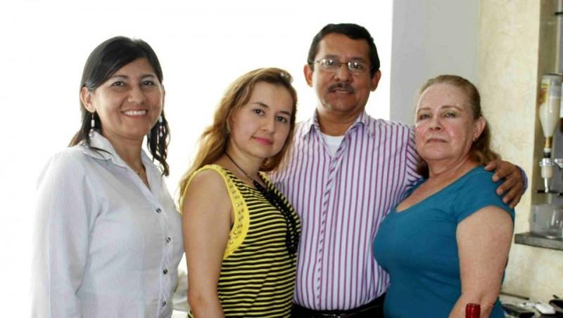 Vilma Rojas, Mónica Rojas Amaya, Édgar Rojas y Dora Alba Amaya. - /Nelson Díaz / GENTE DE CABECERA