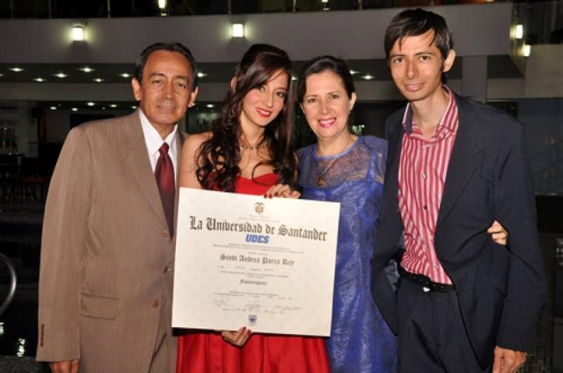 Víctor Hugo Parra Reyes, Sindi Andrea Parra Rey, Martha Isabel Rey López y Víctor Hugo Parra Rey. - Suministrada / GENTE DE CABECERA