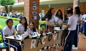 Estudiantes de primaria y bachillerato se unieron para participar de todas las actividades de la semana cultural. - Tomadas de www.colmerced.com / GENTE DE CABECERA