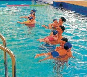 Las piscinas deben tener unas condiciones especiales para que los niños puedan nadar