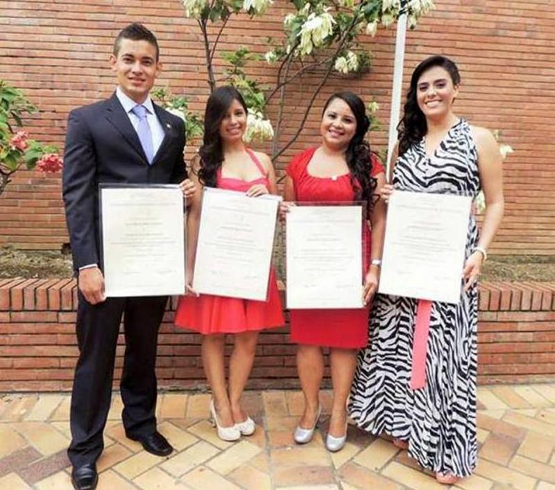 Harold Navarro Barón, Lina Patricia Gaitán Caro, Leidy Silvana Chacón Velasco y Yelitza Karen López Plata. - Suministrada / GENTE DE CABECERA