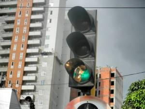 Desde mediados de septiembre empezaron a aparecer semáforos rotos en Cabecera. - Archivo / GENTE DE CABECERA