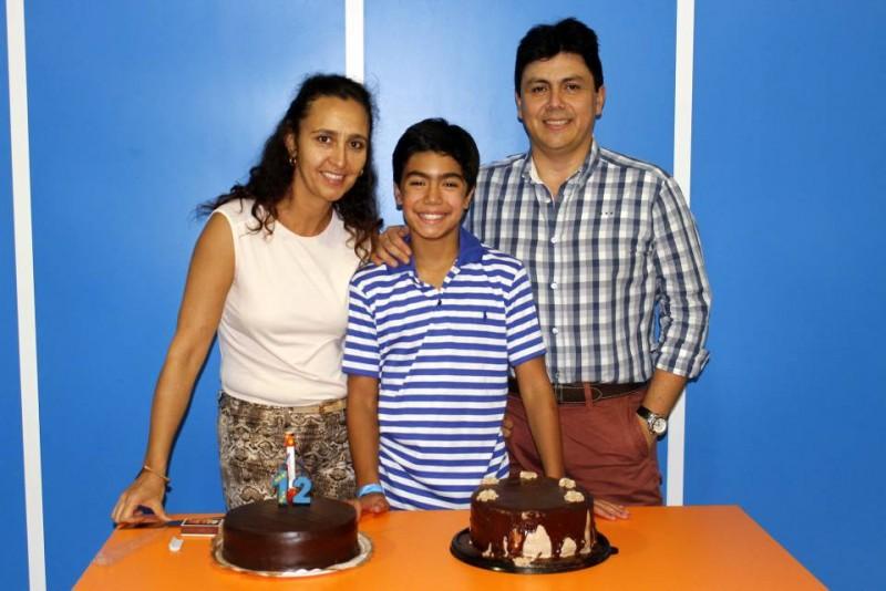 Sandra Mejía, Santiago Moncada Mejía y Juan Carlos Moncada. - Nelson Díaz / GENTE DE CABECERA