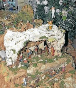 Los muñecos de nieve, los osos polares y los venados son algunas de las figuras que se imponen para esta Navidad. La nieve predominará