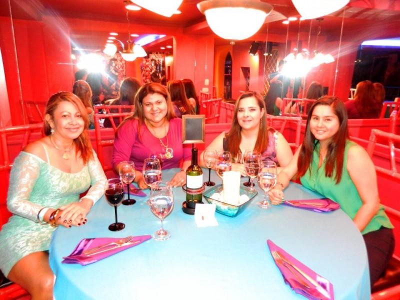 Azeneth Cárdenas Valencia, Adriana Marcela Aislant, Gloria Inés Rey Díaz y Bianca Sugey Ballesteros. - Suministrada / GENTE DE CABECERA