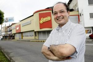 """""""En este aniversario queremos agradecer a Bucaramanga por su apoyo. Es bonito luego de haber tenido ilusiones y éxitos ver este resultado, pues esta empresa es de los clientes y para los clientes"""", dijo Felipe Serrano"""