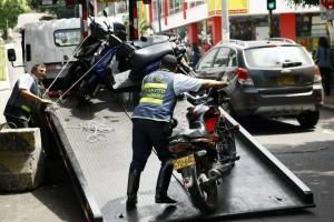 La Dirección de Tránsito de Bucaramanga continuará con los controles a las motocicletas, especialmente en las noches. - Archivo / GENTE DE CABECERA