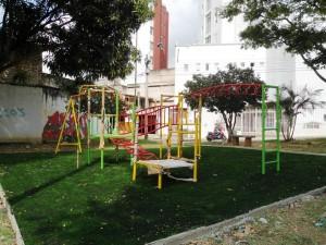Las obras incluyen una zona de juegos nueva para niños.