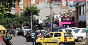 El Periodista del Barrio denuncia que en este sector de la carrera 34 con calle 52 ha aumentado el número de habitantes de calle. - Archivo / GENTE DE CABECERA
