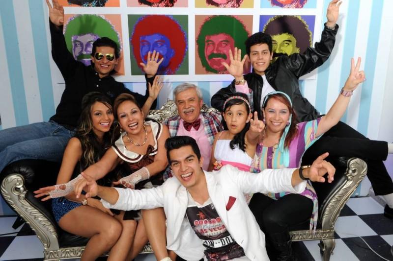 Víctor Rodríguez, sus hijos y su esposa Nelly Rodríguez. - Suministrada / GENTE DE CABECERA