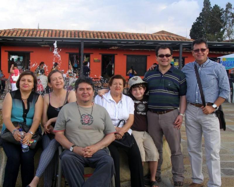 Nury Espinel Aldana, Teresa Aldana, Hernando Espinel Aldana, Matilde Aldana, Juan José Anzola, Miguel Anzola y Sady Espinel Aldana. - Suministrada / GENTE DE CABECERA