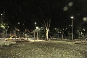 El parque de Conucos luce más iluminado y seguro en las noches. - Laura Herrera / GENTE DE CABECERA