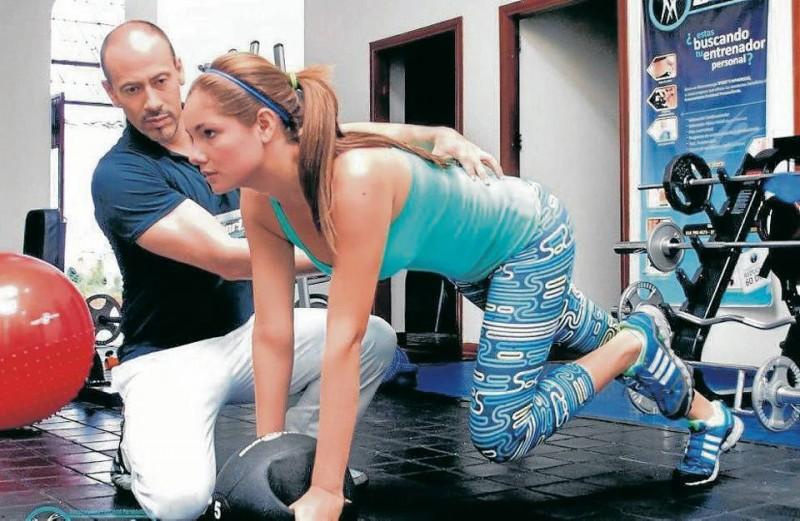 Silvia Becerra practica esta disciplina, así logra mantenerse en forma. Su entrenador es Giovanni Herrera