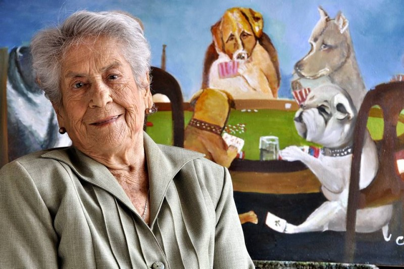 Cecilia Morales de Niño nació hace 95 años en Málaga, Santander, y desde los veinte se inició en el arte de la pintura.