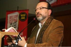 William Ospina será la antesala de la versión 12 de Ulibro, evento que en sus 11 años de vida ha reunido a más de 230 mil personas. - Archivo /GENTE DE CABECERA