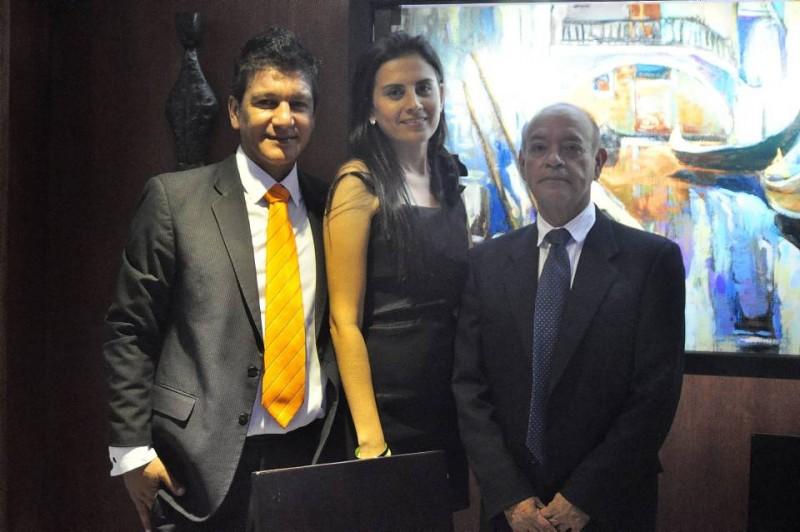 Hernando Toloza, coordinador del evento; Liliana Calderón, directora de Mercadeo, y José Miguel Gutiérrez, director del evento. - Laura Herrera / GENTE DE CABECERA