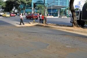 El Empas y el AMB ya terminaron sus obras en la carrera 33A con avenida Quebrada Seca, queda por solucionar la pavimentación del sector. - Didier Niño / GENTE DE CABECERA