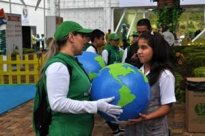 Una de las estudiantes presentes en Neomundo, Valentina Cáceres Vargas.