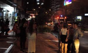 Los fines de semana la carrera 34 recibe la visita de cientos de jóvenes que disfrutan de los lugares nocturnos del sector