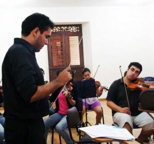 Los niños y jóvenes de la Fundación Filarmónica de Santander se encuentran cada semana en el Centro Cultural del Oriente Colombiano