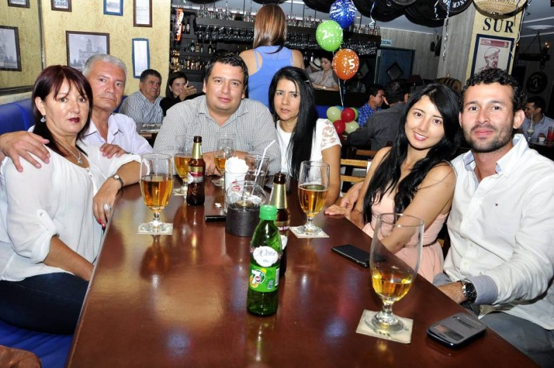Doris Marina Penagos, Augusto Cantillo, Carlos Andrés Castillo, Nancy Corso, Natalia Castillo y Mauricio Palomino. - Laura Herrera / GENTE DE CABECERA