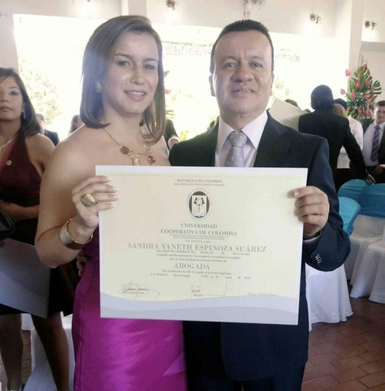 Sandra Yaneth Espinosa Suárez yCarlos Humberto Espinosa Suárez. - Suministrada / GENTE DE CABECERA