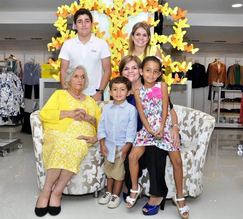 Margarita Gómez de Di Marco nos cuenta la experiencia de ser madre, esposa, empresaria de la moda y abuela.