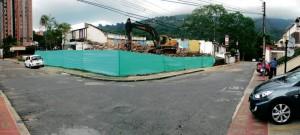 Foto demolición de 4 casas para construcción de SHANTIK