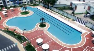 Foto piscina principal Olympo Condominio y Resort